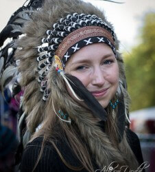 "Art Student_""Navajo"" Native American Headdress"