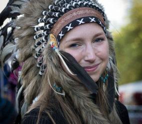 "Art Student_""Navajo"" Native American Headdress"