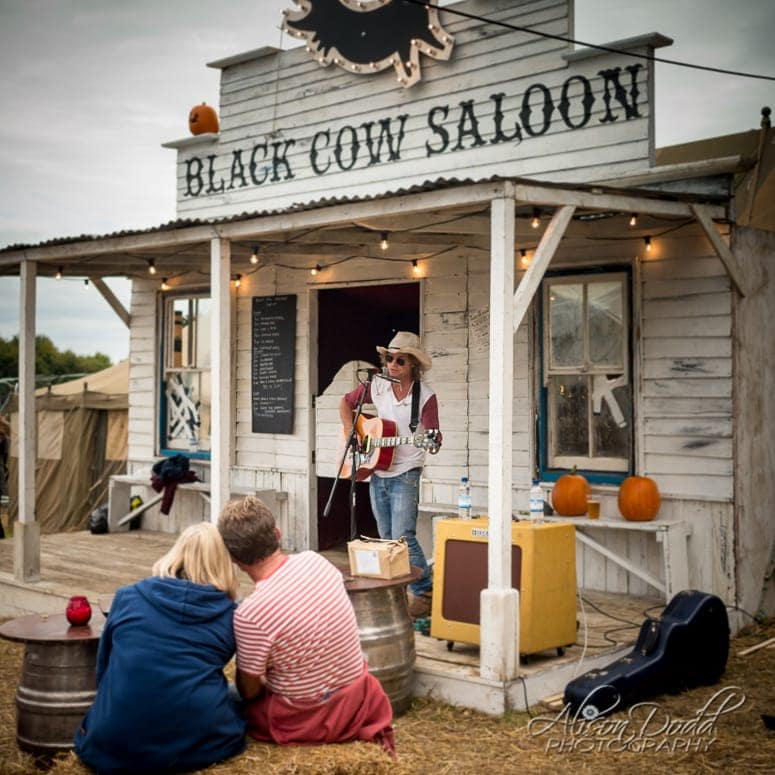 Live music at The Black Cow Saloon at The Good Life Experience Festival 2016